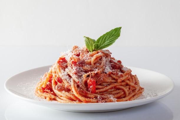 ▷ Espaguetis a la boloñesa con o sin thermomix ✅